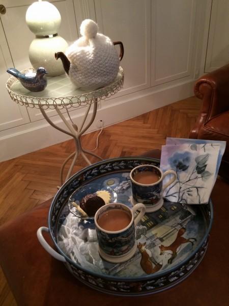 Winterliches Teeset von Emma Bridgewater