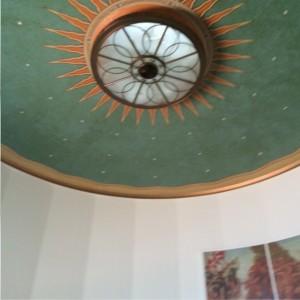 Deckenlampe mit Sonnenmalerei