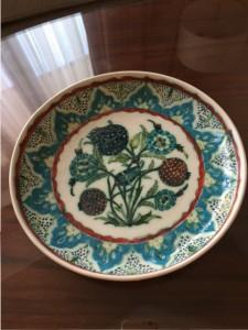 Handgedrehte und handbemalte Keramik von armenischen Künstlern in Jerusalem: Symbiotisch mit dem neuen Wintergarten.